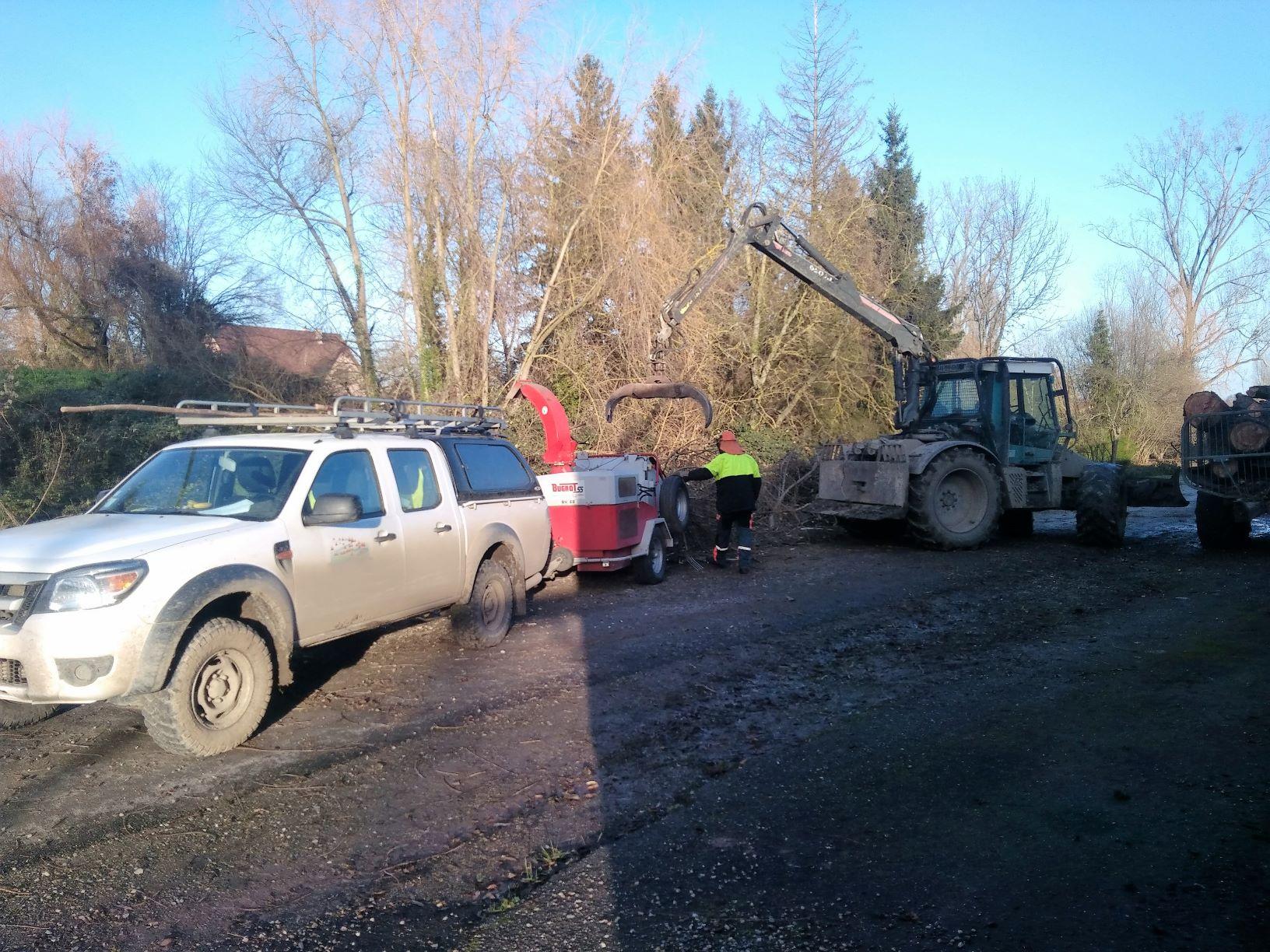 Broyage des branchages issus du chantier du Rosenmeer